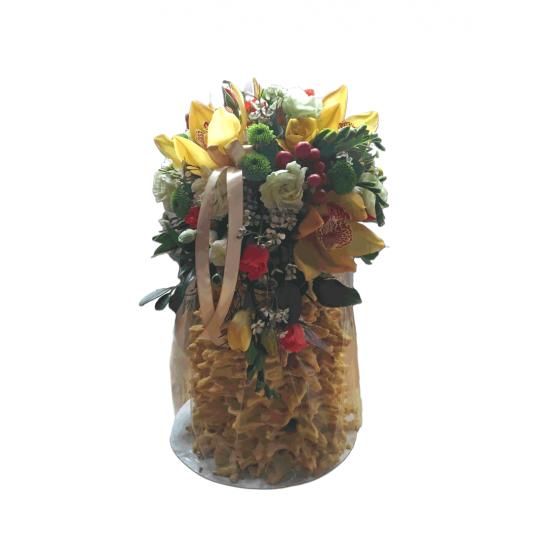 Spit cake (Šakotis) and flowers